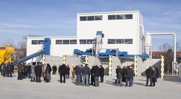 Fabrica de reciclare a deşeurilor din sticlă, GreenGlass Recycling. Sursă foto: Compania.